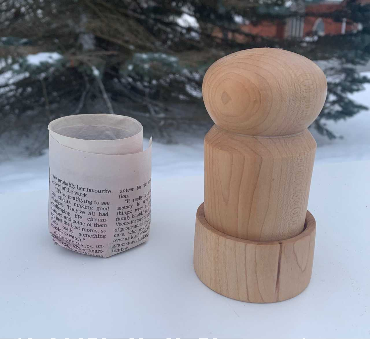 Maple Seed pot